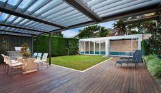 El placer de una pérgola Louvered Roof - Luxury Screens