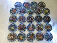 Yo-kai Watch Lot 24 Medals Holo Gray Medal JAPAN Version Yokai Kyubi Thornyan FS #BANDAIJAPAN