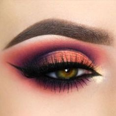 Different Winged Eyeliner picture1