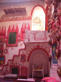 Michael J. Totten: A Photo Tour of Libya Bohemian House, Bohemian Interior, Boho Gypsy, Pink Houses, Dream Houses, Vernacular Architecture, House Inside, House Entrance, Michael J