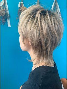 Shaggy Short Hair, Asian Short Hair, Short Hair Cuts, Mullet Haircut, Mullet Hairstyle, Short Bob Hairstyles, Hairstyles With Bangs, Hair Inspo, Hair Inspiration