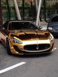 Only in Miami... #cars #miami #gold