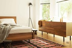 Bedrooms ideas for small rooms boy toddlers paint colors family room panel headboard reclaimed teak agreeable head Small Room Bedroom, Small Rooms, Home Bedroom, Bedroom Ideas, Master Bedrooms, Bedroom Inspo, Bedroom Decor, Modern Bedroom Furniture, Contemporary Bedroom