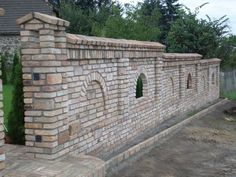 tégla lábazat és járda - Google keresés Brick Paving, Brick Fence, Fence Gate, Backyard Fences, Garden Fencing, Yard Landscaping, Ranch Fencing, Compound Wall, Boundary Walls