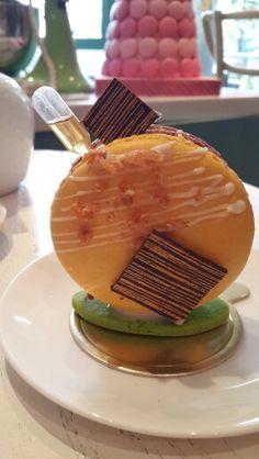 Passion Fruit Big Macaroon #Colette