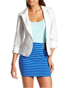 Love this blazer, perfect for summer cookouts!