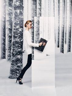 "Le Monde d'Hermès n°63. ""Pliplat"" clutch bag in black Porosus crocodile. ""Heaven"" sandals in black Mississippiensis alligator. #hermes #fashion"