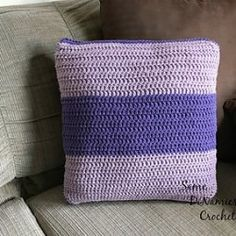http://www.ravelry.com/patterns/library/color-block-pillow-cover
