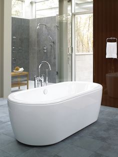 Attirant A TOTO Freestanding Tub Is The Perfect Addition To Create A Spa Like  Retreat In