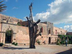 #Arkadi monastery, #Rethymno, #Crete, #pass2greece Greek Mythology, Crete, Louvre, Mansions, House Styles, Building, Travel, Viajes, Villas