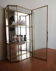 Vintage curio glass / brass display case - perfect to display small potions, crystals or baubles