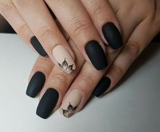 Trendy Matte Black Nails Designs Inspirations - ♀ The Nails ❥ - Nail Classy Nails, Stylish Nails, Trendy Nails, Simple Nails, Matte Black Nails, Black Nail Art, Matte Nail Art, Black Nails Short, Matte Red