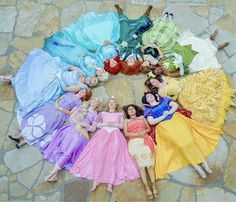 Disney Character Cosplay Prettiest color wheel I've ever seen Deco Disney, Arte Disney, Disney Magic, Disney Art, Disney Movies, Disney Stuff, Disney And Dreamworks, Disney Pixar, Moana Disney