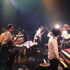 土岐麻子ツアー初日@大阪BIG CATたくさんのお客さんにかこまれながら無事終了ー!! 楽しかったー!!明日は松山!!はじけます!! ご来場の皆様ありがとうございましたー!!