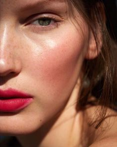 Our favorite shades of red: 'modest' for the cheeks, Wild with Des. Our favorite shades of red: 'modest' for the cheeks, Wild with Desire lipstick in 'jezebel' mixed with lip shine in 'sacred', and living luminizer for a glowing highlight. Cheek Makeup, Blush Makeup, Hair Makeup, Dewy Skin Makeup, Makeup Lipstick, Rosy Makeup, Makeup Kit, Makeup Products, Beauty Make-up