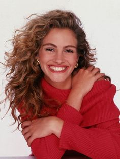 Julia Roberts..I love every movie she has ever played in :) The most gorgeous actress I've ever seen <3 #ILoveYouJuliaRoberts!
