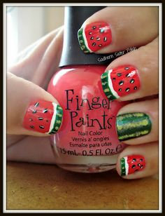 Can anyone tell me how she did the light green stripes? Nail blogs without how-tos piss me off.