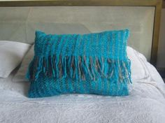 cojin de lana turquesa con gris  lana de oveja telar mapuche