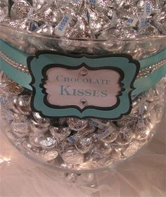Wedding Themes Tiffany Themed Wedding - Candy and Dessert Buffet Tiffany Blue Party, Tiffany Theme, Tiffany Wedding, Tiffany Blue Weddings, Wedding Blue, Wedding Candy, Wedding Favors, Wedding Ideas, Wedding Poses