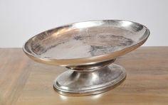 Exklusive Etagere / Schale aus Aluminium von der Marke Colmore. Luxus für dein Zuhause. www.michaelnoll.de
