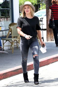 Hilary Duff strutted through L.A in this super on-trend ensemble. Love her ripped jeans!