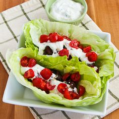 These Gyro Meatball Lettuce Wraps with Tzatziki and Tomatoes are low carb and gluten free! - nommm