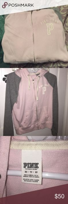 Size XS pink vs hoodie, didn't fit me 😒 !! PINK Victoria's Secret Sweaters