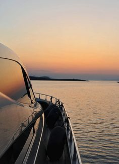 Take a private cruise aboard the Alea luxurious motor-yacht with Sunset Oia