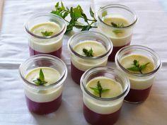 Stachelbeeren und Vanillesauce