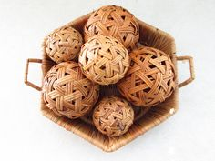 Vintage Wicker Basket with Wickers Balls, Straw Tray Basket with Decorative Orbs, Wicker Decor, Retro Decor, Natural Decor, Twig Balls by FoxLaneVintage on Etsy