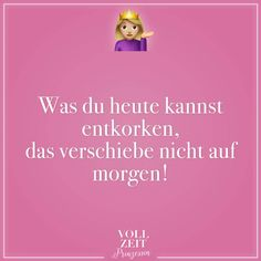 Eine Frau ist nur dann hilflos, wenn sie Nagellack trocknet – Sprüche & Zitat… A woman is helpless only when she dries nail polish – Sayings & Quotes – Dry Nails, Dry Nail Polish, Girl Quotes, Funny Quotes, German Quotes, Justgirlythings, Funny Phrases, Feelings And Emotions, Visual Statements