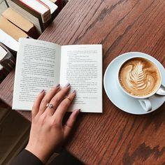 Imagem de book, coffee, and coffee break