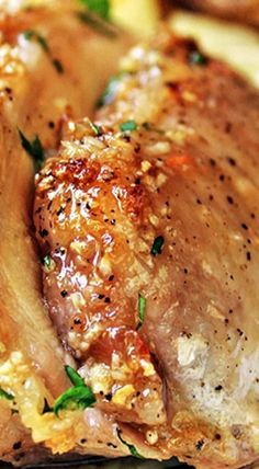 Brown Sugar Garlis Pork Roast: Husband didn't like the sweet, toddler didn't like the garlic, sigh. Roast Recipes, Pork Chop Recipes, Dinner Recipes, Cooking Recipes, Game Recipes, Potato Dinner, Pork Dishes, Pork Roast, Gastronomia