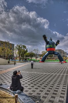 KOBE | Tetsujin 28-go Monument  長田駅前 鉄人28号  http://www.tripadvisor.com/Travel-g298562-c160425/Kobe:Japan:The.Tetsujin.28.Go.Statue.Gigantor.html