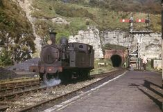 Ventnor Isle Of Wight, Derelict Places, Abandoned Places, Live Steam Locomotive, Southern Trains, Union Pacific Train, West Virginia History, Model Railway Track Plans, Disused Stations