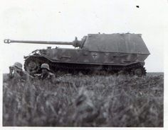 Bundesarchive Photos 1933 - all fields of WWII - Page 719 Ferdinand, Tank Destroyer, Armored Fighting Vehicle, Ww2 Tanks, World Of Tanks, Panzer, Armored Vehicles, World War Two, Military Vehicles