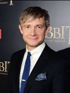 I know Martin is at a Hobbit premiere and not Sherlock-related whatsoever, but c'mon, this picture is still golden.