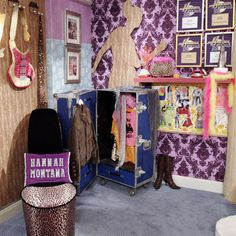 """18 Things Only """"Hannah Montana"""" Fans Will Remember"""
