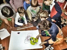 ragazzini, ScaraBots e Lego Robot al workshop IntroROBOTICA / kids, ScaraBots and Lego Robots; at IntroROBOTICA Workshop (in Rome, at Roma Makers FabLab) Lego Robot, Robots, Rome, Workshop, Kids, Robotics, Atelier, Children, Robot