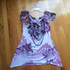 Beautiful tunic Classic tunic, great for a night out or for work the fabric is so soft Dress Barn Tops Tunics