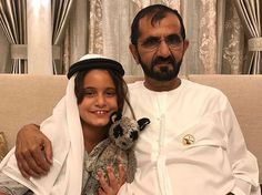 Al Jalila bint Mohammed bin Rashid Al Maktoum y su padre, Mohammed bin Rashid bin Saeed Al Maktoum, 17/04/2017. Vía: hhshkmohd