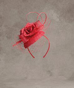 MOSCU Casquette de sinamay, red, organza y raso