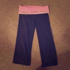 Victoria secret PINK capri yoga pants Great condition! Size small PINK Victoria's Secret Pants Leggings