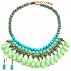 Collar Corto Gotas Verde