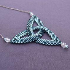 Peyote celtic knot