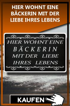 HIER WOHNT EINE BÄCKERIN MIT DER LIEBE IHRES LEBENS Lustiges Bäcker Bäckerin T-Shirt, Tasse, Pully Geschenk als Weihnachtsgeschenk, Geschenkideen zum Geburtstag. #Bäcker Sprüche Lustig #Bäcker Geschenk #Bäcker Weihnachtsgeschenk #Bäckerin Spruch Lustig #Bäckerin Geschenk #Bäckerin Weihnachtsgeschenk #bäcker lustig #bäcker sprüche #bäcker geburtstagsgeschenk #bäckerin spruch #bäckerin lustig #bäckerin geburtstagsgeschenk #backen spruch #backen geschenk #bäcker geschenkideen #bäckerin geschenk Baking Gift, Gifts For Birthday, Christmas Presents, Funny Stuff, Funny Sayings, Love