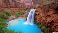 La chute d'eau Havasu Falls, Parc national du Grand Canyon, Etats-Unis