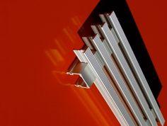 Lineargitter L38 Alfitec Gitterelemente aus Aluminium, Gitterroste Gitter Aluminium, Wall Lights, Lighting, Design, Home Decor, Ceiling Trim, Lattices, Appliques, Decoration Home