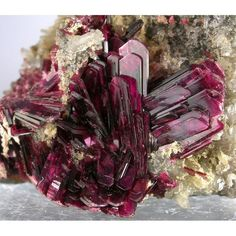 Erythrite healing power: This mineral forms bright crimson crystals. Hold this crystal between the thumb and forefinger in the left hand to infuse energy into your self. This causes a healing reaction as it stimulates vital organs. People interested in m Minerals And Gemstones, Rocks And Minerals, Rock Collection, Beautiful Rocks, Mineral Stone, Rocks And Gems, Stones And Crystals, Gem Stones, Healing Stones