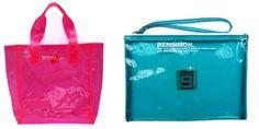 Pratiche, comode e allegre, le borse di plastica sono un accessorio amatissimo in estate. BENSIMON ha pensato a dimensioni diversa e colori fluo.  http://www.sfilate.it/193626/la-borsa-plastic-fluo-per-lestate-al-mare-o-in-citta
